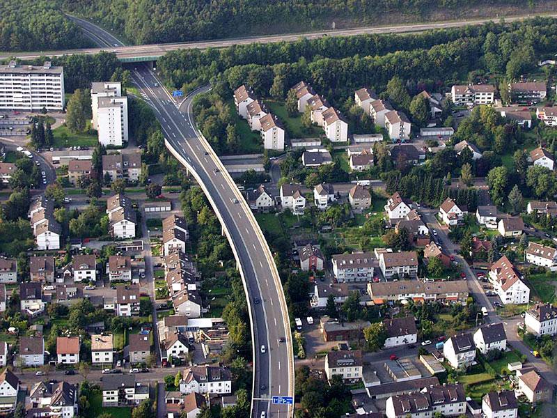 Luftbildaufnahme Altenaer Straße (B236) - Oestrich