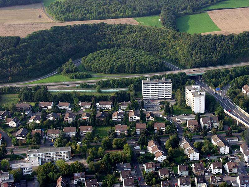 Luftbildaufnahme Bartholomäus-Grundschule - Berliner Allee